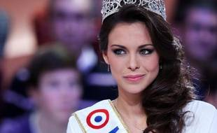 Marine Lorphelin, Miss France 2013, sur le plateau du «Grand Journal», le 11 décembre.