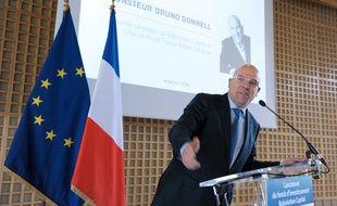 Bruno Bonnell fondateur et associé de Robolution Capital lors d'une conférence de presse en 2014.