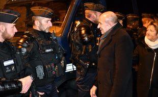 Le ministre de l'Intérieur Gérard Collomb s'est rendu à Calais après plusieurs rixes violentes entre migrants, le 1er février 2018.