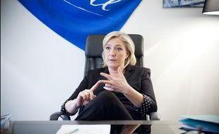Le 28 mars 2012. Marine Le Pen, candidate du Front National à la presidentielle, en interview pour 20 Minutes dans son QG de campagne situé au 64 bd Malesherbes à Paris.