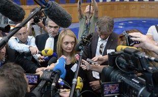 Rachel Lambert, l'épouse de Vincent Lambert, devant la presse le 5 juin 2015 à Strasbourg