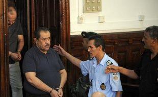 Un beau-frère du président déchu Zine El Abidine Ben Ali, Moncef Trabelsi, emprisonné en Tunisie, est décédé des suites d'une tumeur au cerveau, a appris vendredi l'AFP, un décès intervenant plus de deux ans après la révolution qui a chassé ce clan honni du pouvoir.