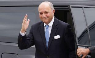 """Laurent Fabius au Brésil avant sa rencontre av""""ec la président brésilienne Dilma Roussef. Le 22 novembre 2015 à Brasilia"""