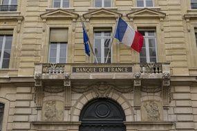 Coronavirus: L'économie française résiste mieux au troisième confinement, selon la Banque de France (Archives)