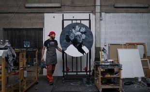 Yoann Merienne, le peintre qui sculpte les toiles, exposera du 29 novembre au 1er décembre à la galerie Bayart de Paris.