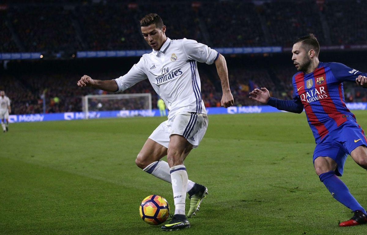 Cristiano Ronaldo lors du match entre le Real Madrid et le Barça le 3 décembre 2016. – Manu Fernandez/AP/SIPA