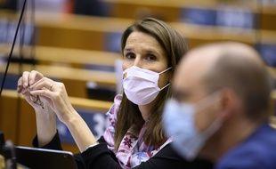 La ministre belge des Affaires étrangères, Sophie Wilmès, 45 ans, a été placée en soins intensifs en raison d'une contamination au Covid-19.