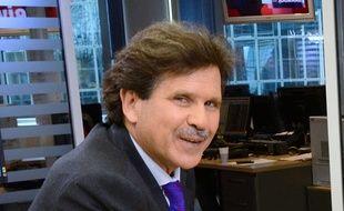 Abdelwahab Meddeb en janvier 2011 sur le plateau de LCI.