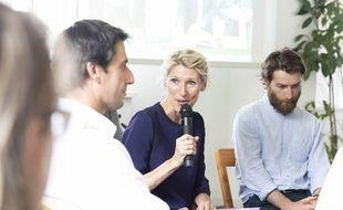 Marie Barsacq (au centre), directrice «impact et héritage» du comité d'organisation des Jeux olympiques 2024.