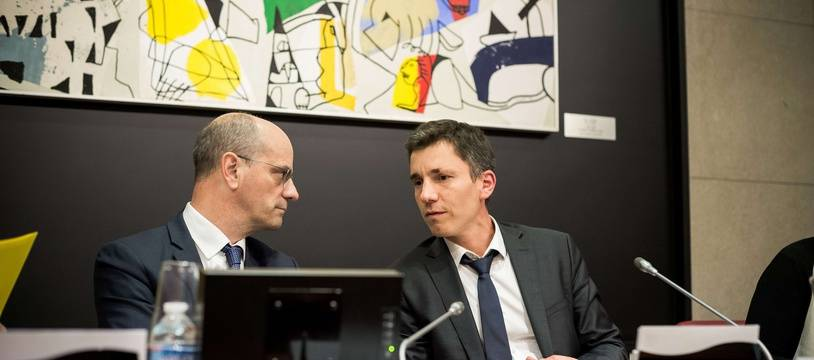 Le député du Bas-Rhin Bruno Studer (à droite) aux côtés du ministre de l'Education Jean-Michel Blanquer.