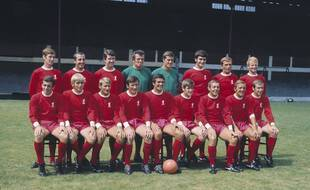 Le grand Liverpool, avec Ray Clemence (deuxième en vert vers la droite)