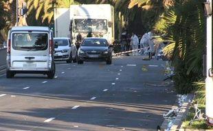 Attentat à Nice : les enquêteurs sur place. Durée: 00:50