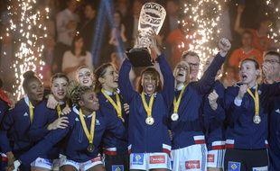 L'équipe de France féminine de hand est championne du monde.