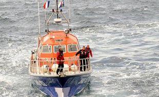 Illustration d'un bateau de la SNSM, sociéte naionale de sauvetage en mer.