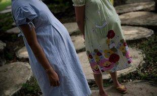 La Thaïlande a adopté une loi interdisan le recours à une mère porteuse pour les couples d'étrangers.