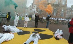 Les militants de « Stop transports halte au nucléaire » ont déjà mené plusieurs actions à Strasbourg. Comme ici en mars dernier, pour marquer les huit ans de la catastrophe de Fukushima.