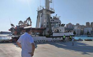 Le navire de l'«Open Arms» se trouve dans le port sicilien de Porto Empedocle.