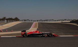 Max Chilton au volant d'une Marussia lors du Grand Prix du Bahrein en avril 2014.