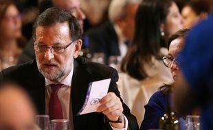 Le chef du gouvernement conservateur sortant Mariano Rajoy, pendant les élections législatives en Espagne, le 18 décembre 2015.
