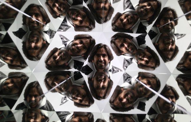Steven Carnel, pris en photo à travers le kaléidoscope du Musée de l'Illusion, dont il est le porte-parole et cofondateur.