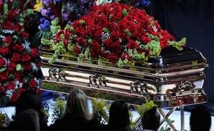 Le cercueil de Michael Jackson lors de l'hommage qui a été rendu au chanteur au Staples Center de Los Angeles, le 7 juillet 2009.
