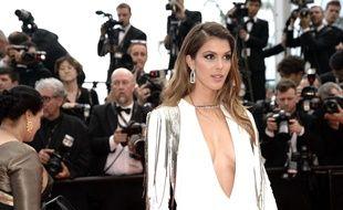 Iris Mittenaere à Cannes le 10 mai 2018.