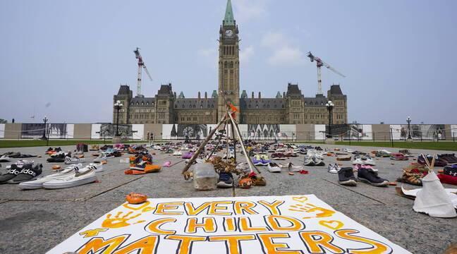 Canada : Manifestation pour une enquête indépendante sur les pensionnats autochtones