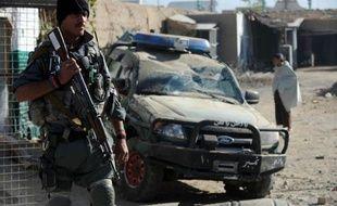 Dix-huit personnes ont été tuées dans trois attaques jeudi en Afghanistan, dont dix civils, incluant des femmes et enfants qui se rendaient à un mariage