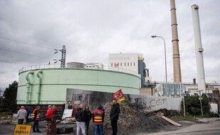 Des syndicalistes CGT en grève devant la centrale à charbon de Gardanne, ici en 2020