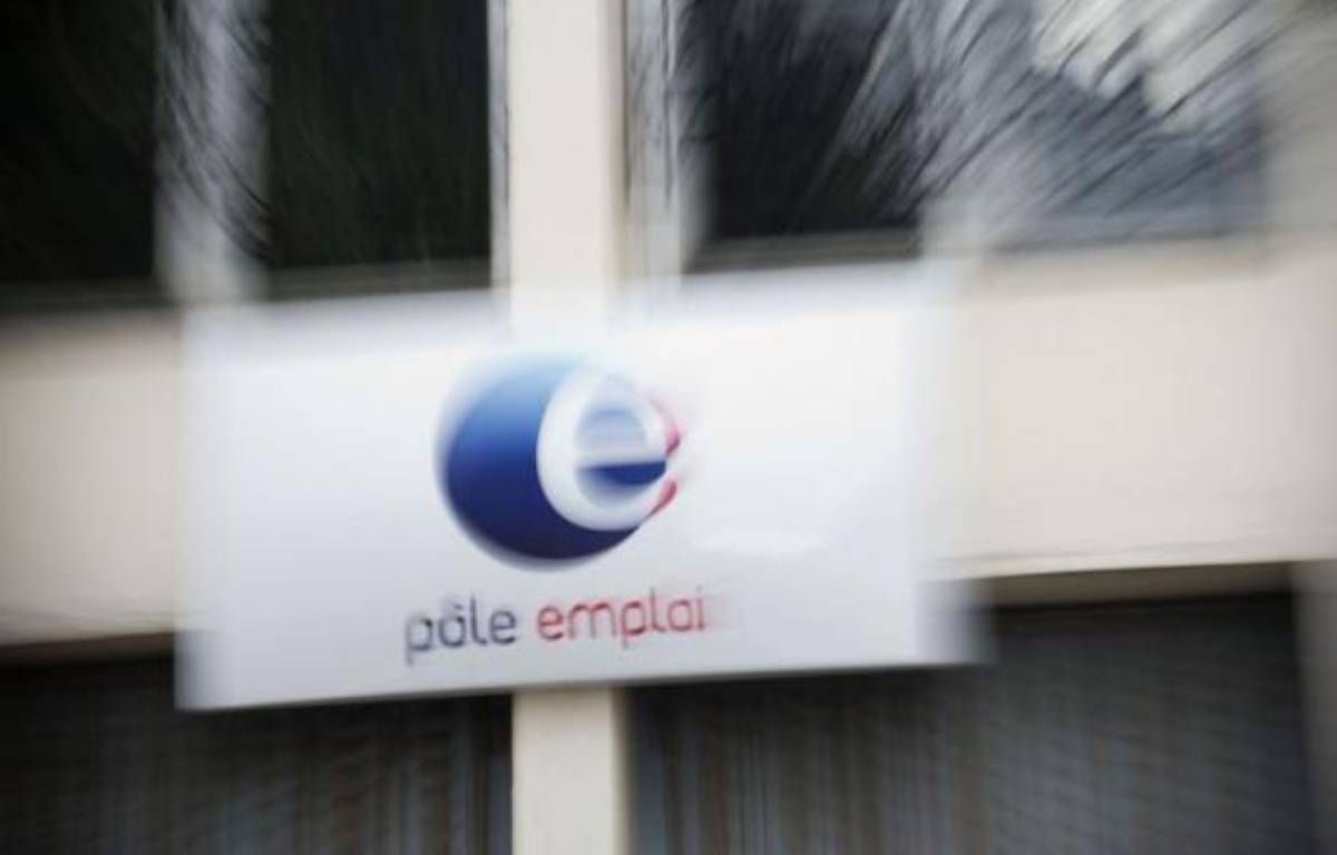 Le taux de chômage en France a continué à augmenter au deuxième trimestre 2012 par rapport au trimestre précédent, atteignant 9,7% de la population active en métropole (+0,1) et 10,2% avec les départements d'Outre-mer, a annoncé l'institut des statistiques (Insee) jeudi. – Martin Bureau afp.com