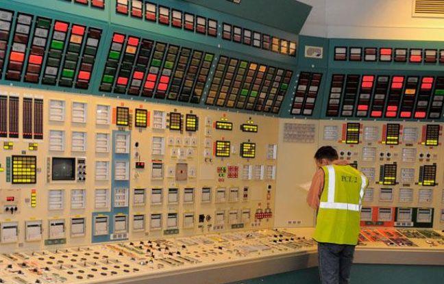 Centrale nucléaire de Fessenheim. Intérieur. Extérieur.