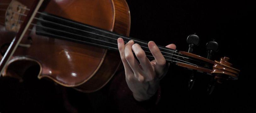 Un violoniste à Nantes, le 1er février 2019.