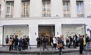 Devant le magasin Colette à Paris