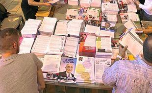 Quelque 5 millions de documents sont encartés par 294 agents.