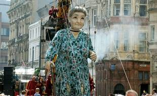 La Grand-mère géante, dernier personnage des spectacles de Royal de luxe.