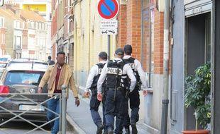 illustration d'une brigade de reconquête républicaine, à Lille-Fives.