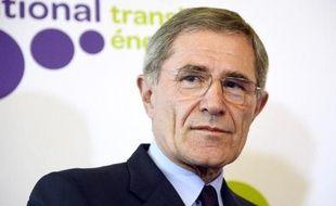 Des énergéticiens européens, emmenés par le français GDF Suez, ont accentué mercredi leur cri d'alarme face à l'hécatombe des centrales électriques à gaz en Europe, réclamant une refonte des politiques énergétiques et un frein des aides aux renouvelables, accusées de saper leur rentabilité.