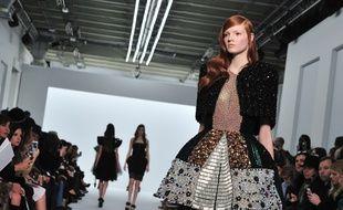 Défilé haute couture printemps-été 2015 Dice Kayek.