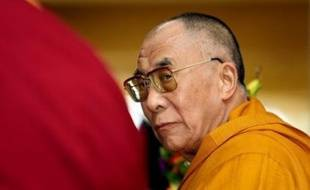 Le dalaï lama a assuré mardi à Dharamsala (nord de l'Inde) qu'il n'avait pas de prise sur les violences qui ont sécoué le Tibet, menaçant de quitter sa charge de chef spirituel du bouddhisme tibétain si la situation se dégradait.