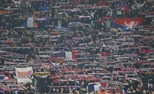 Les supporters du virage nord lyonnais, ici lors du dernier gros choc européen à Décines, le 27 novembre contre Manchester City (2-2)