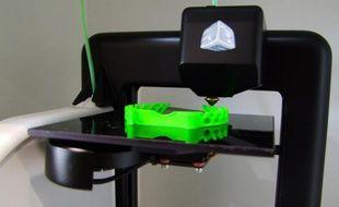 Cubify, une imprimante 3D grand-public de 3D Systems.