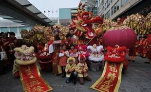 Pour beaucoup de femmes asiatiques, donner naissance à un enfant l'année du Dragon, qui a démarré lundi selon le calendrier chinois, est un rêve. Mais à Hong Kong, cela risque de tourner au cauchemar pour les futures mères.