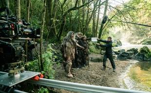 La série préhistorique Moah, diffusée sur OCS, a été tournée dans une dizaine de sites en Dordogne