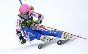 La Française Anne-Sophie Barthet s'est fait une fracture à l'épaule en chutant en deuxième manche du slalom de Coupe du monde d'Ofterschwang, en Allemagne, dimanche, a-t-on appris sur son blog mercredi.