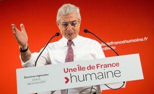 Claude Bartolone lors de la présentation de son programme le 22 octobre 2015 dans ses locaux de campagne.