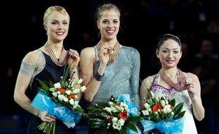L'Italienne Carolina Kostner a décroché son quatrième titre de championne d'Europe de patinage artistique après avoir totalisé 183,55 points, samedi à Sheffield.
