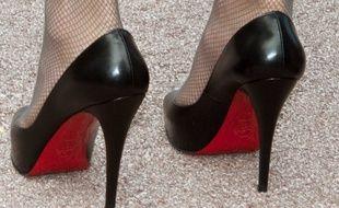 chaussures de séparation da7b7 3b30f Les semelles rouges, c'est du Louboutin et rien d'autre ...