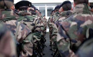 Militaires français à Versailles le 15 janvier 2015.