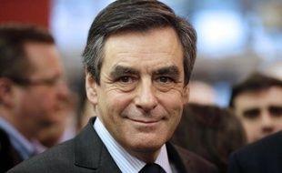 """François Fillon a dit dimanche qu'il était actuellement """"dans l'esprit d'être candidat"""" à la présidence de l'UMP et estimé que les règles des primaires à droite pour la présidentielle de 2017 devaient être les mêmes """"pour tous"""", y compris Nicolas Sarkozy."""