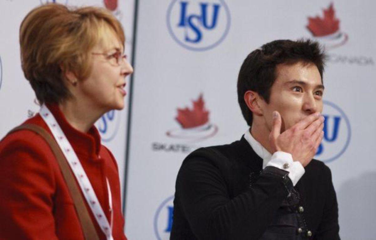 Le Canadien Patrick Chan, qui a conservé son titre de champion du monde fin mars, a perdu son entraîneur Christy Krall, l'Américaine qui l'a aidé à améliorer son quadruple saut, mais compte cultiver davantage le côté artistique de son patinage, a-t-il déclaré jeudi – Geoff Robins afp.com